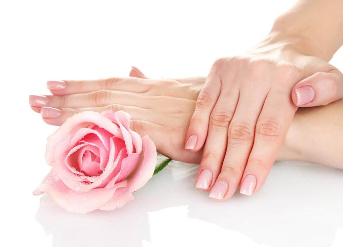 Manicure-Doctor-Loveskin-1